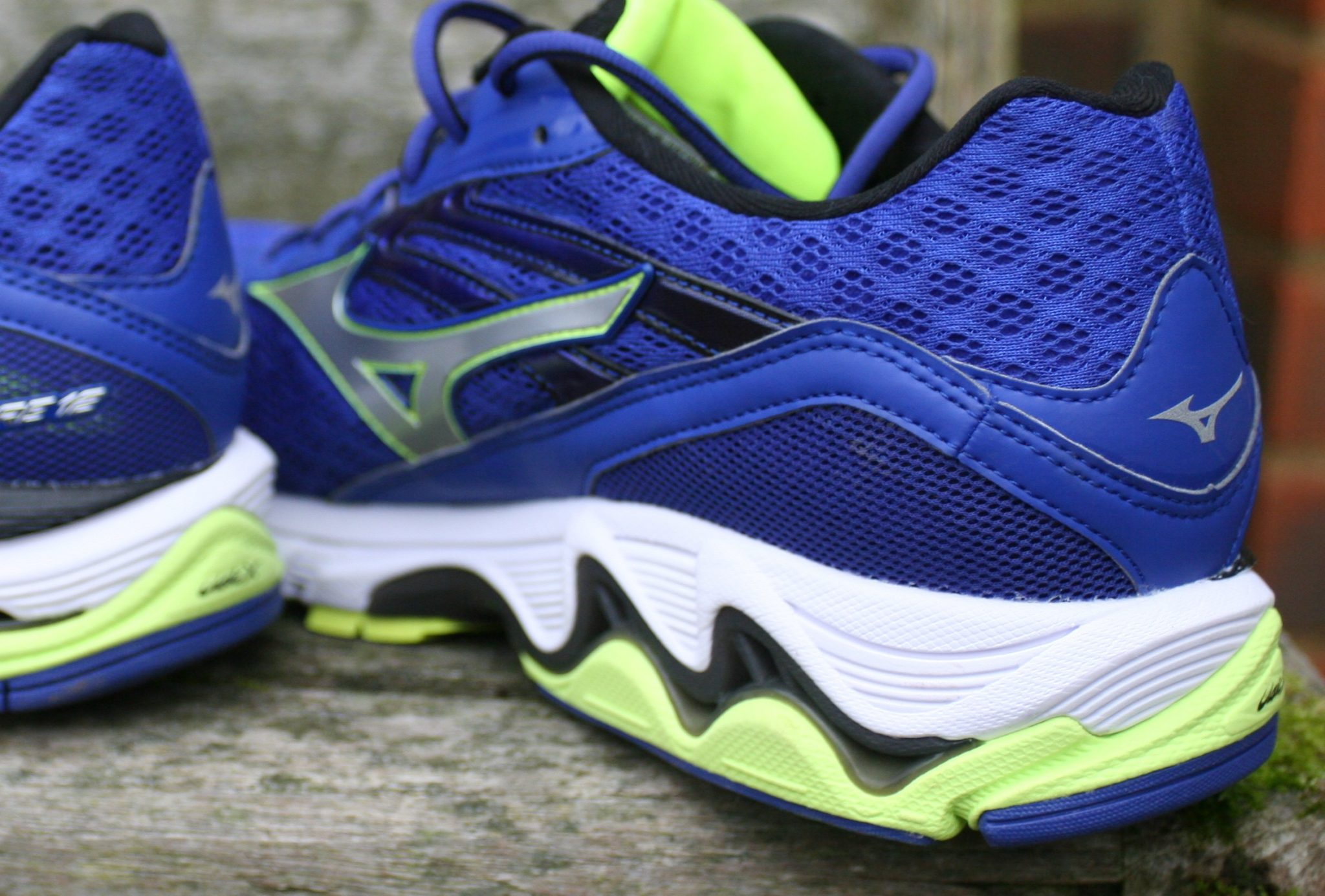 Mizuno Wave Inspire 12 - Rear