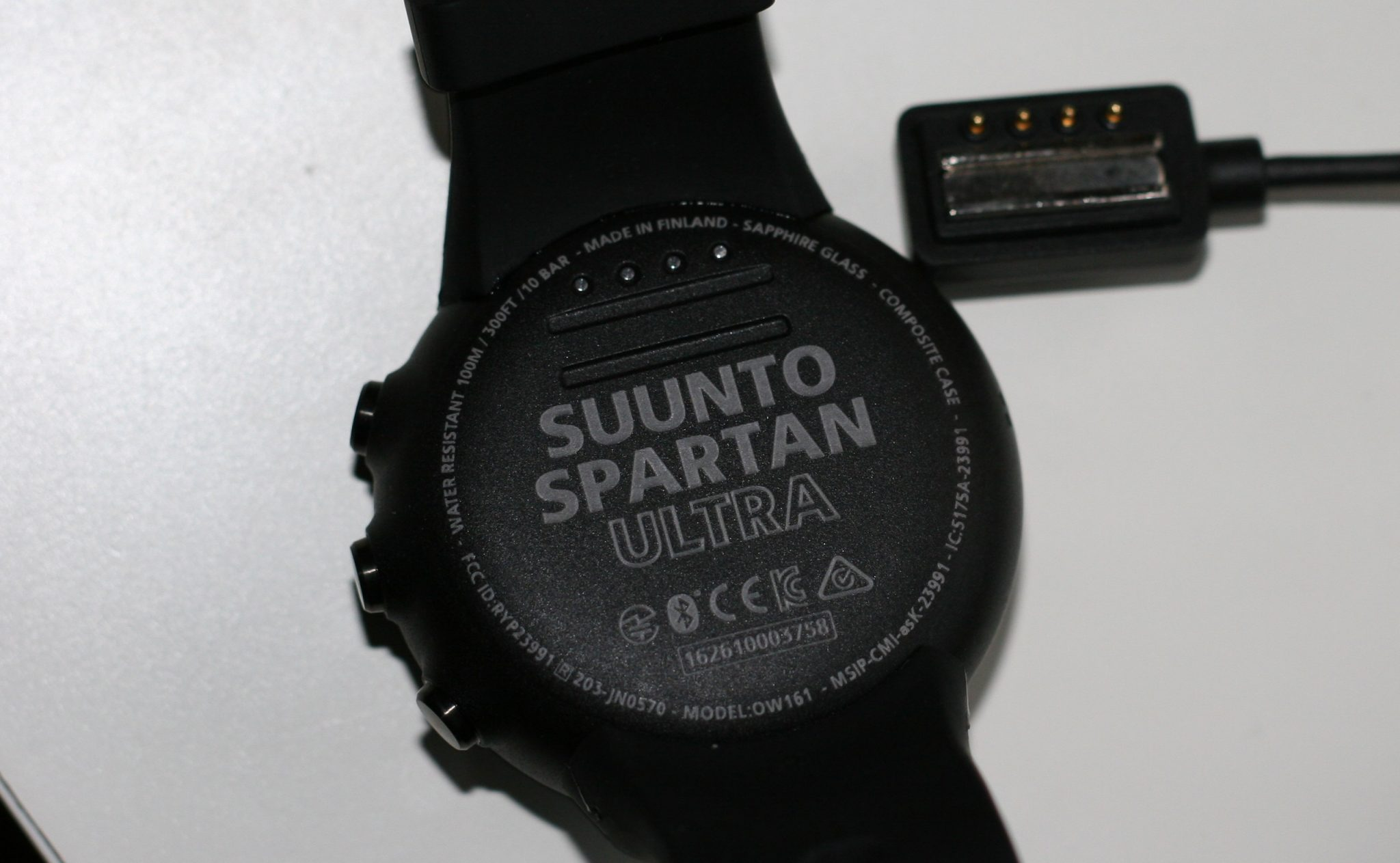 Suunto Spartan Ultra - Clever Little Magnetic Charging Thingy