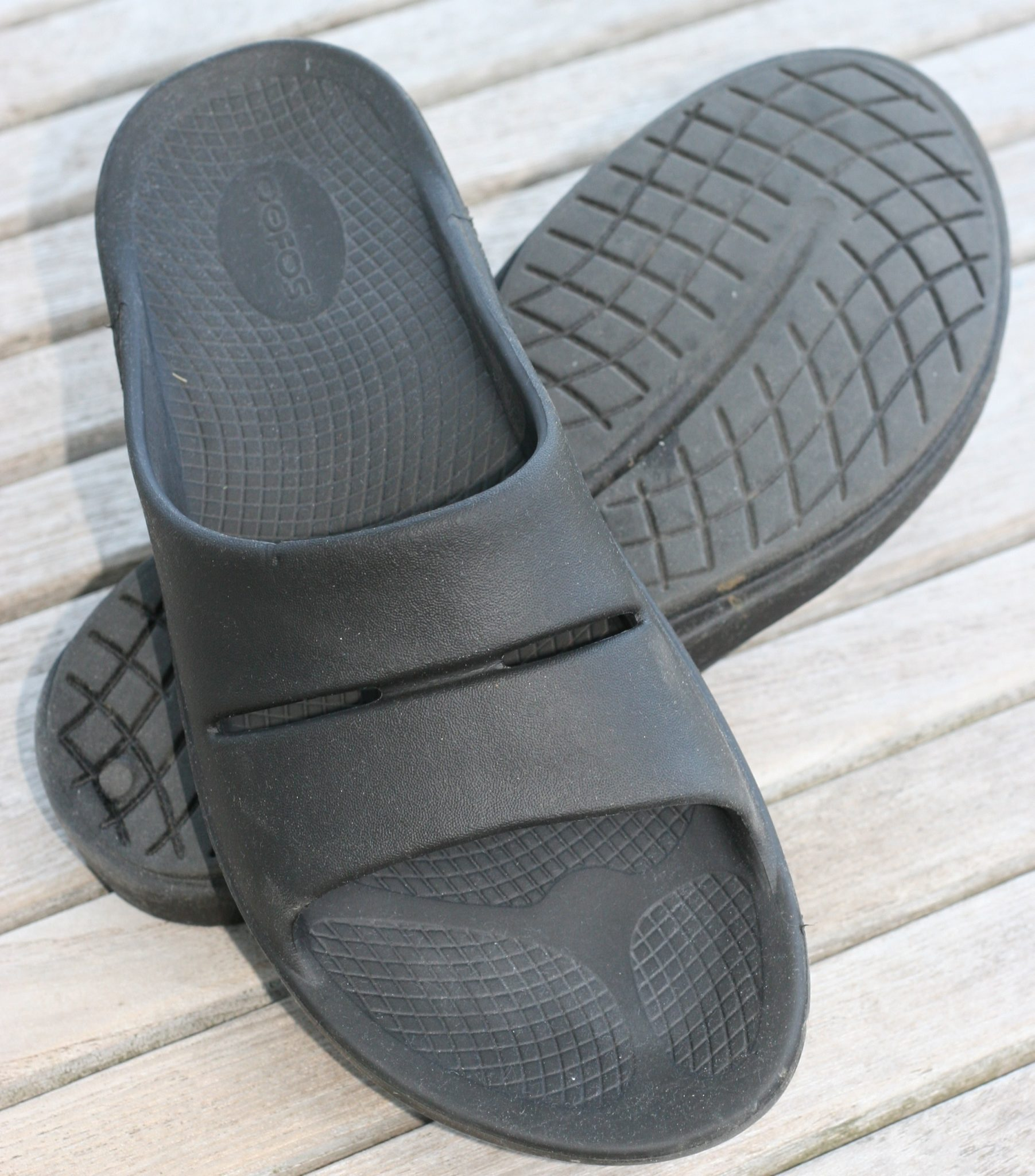 OOFOS Recovery Footwear Review