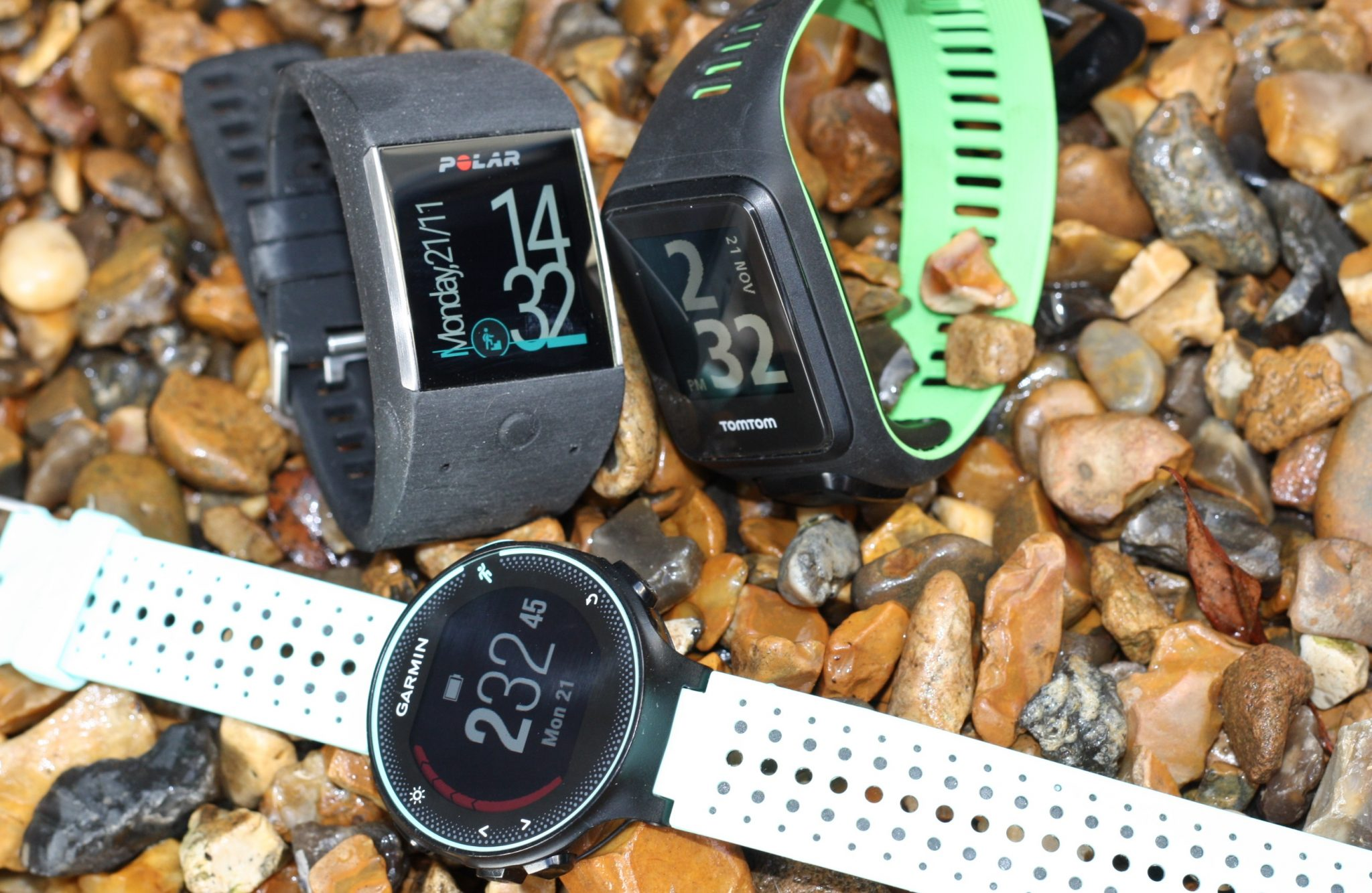 Polar M600 android Wear TomTom Runner 3 spark Garmin Forerunner 235 review