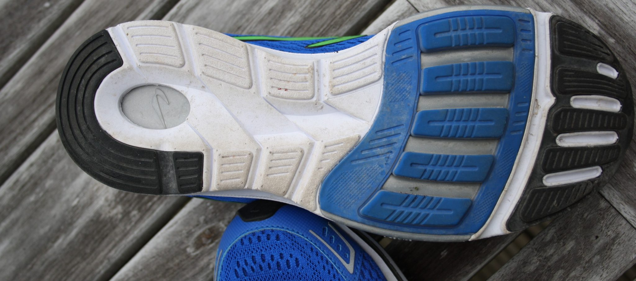 Newton Gravity 6 Running shoe
