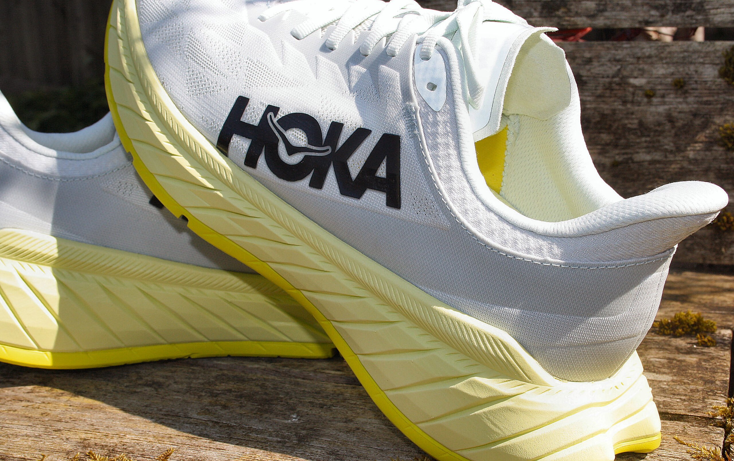 Hoka Hoka One Carbon X2 side rear view and peak inside Review