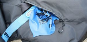 DryRobe 2 large exterior pockets with Review zip